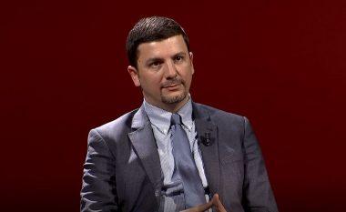 Rrëfimi ndryshe i Memli Krasniqit: Kontributi më i mirë që i bëhet vendit, kyçja në parti politike (Video)