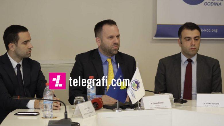 Arian Zeka (OEAK), Berat Rukiqi (OEK), Astrit Panxha (KPK) | Foto: Ridvan Slivova/Telegrafi