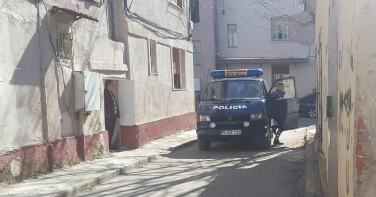 Zbardhet krimi në Korçë, djali mbyti nënën e tij, me sende të forta