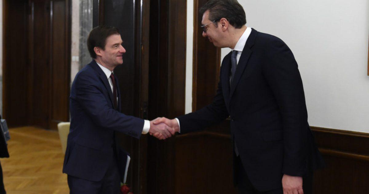 Vuçiq, zyrtarit të lartë amerikan: Platforma për Dialog e Prishtinës nuk lë vend për kompromis