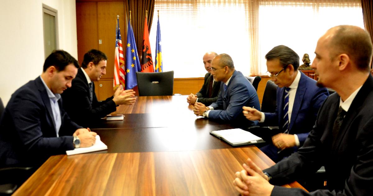 Ministri Bytyqi takon ekspertë të arsimit nga Malajzia