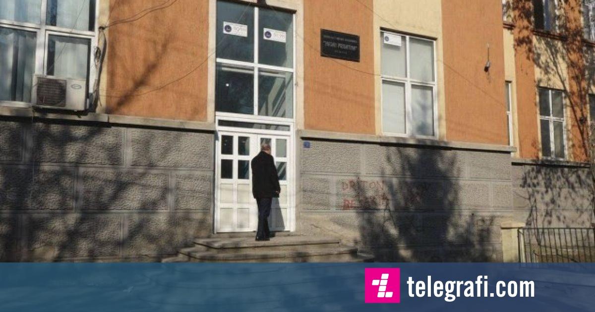 Marrin fund shqetësimet e nxënësve në Mitrovicë, ata vazhdojnë mësimin normalisht