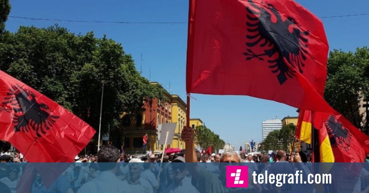 Sot protestohet në Tiranë, opozita kërkon dorëheqjen e Ramës