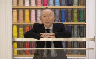 Rrëfimi për njeriun më të pasur në Japoni: Dyqani i parë i tij ishte në katin e parë, familja jetoi mbi të – sot vlen 25 miliardë dollarë (Foto)
