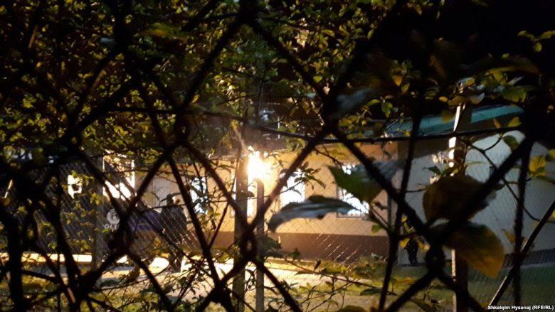 Kthehen 110 kosovarë, 87 mbesin ende në Siri (Video)