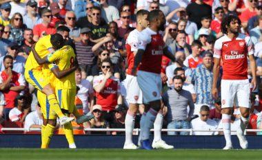 Arsenali befasohet në shtëpi nga Crystal Palace dhe vështirëson kualifikimin në Ligën e Kampionëve