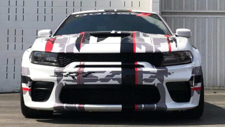 Dodge Charger u kap duke u testuar pa asnjë shtresë kamuflazhi (Video)