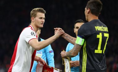 Trajneri i Ajaxit i zbulon dy klubet favorite për t'i siguruar shërbimet e De Ligt