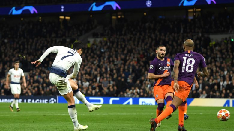 Heung-Min Son në momentin e golit (Foto: Mike Hewitt/Getty Images/Guliver)