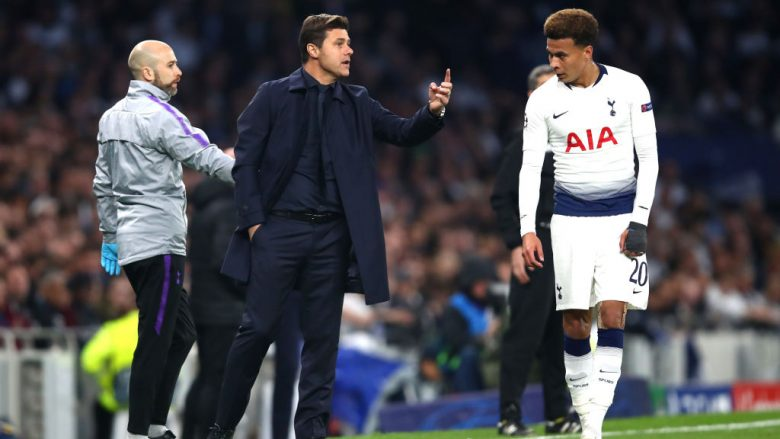 Mauricio Pochettino duke dhënë instruksione (Foto: Julian Finney/Getty Images/Guliver)