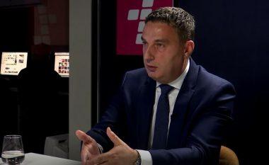 Ministri Bytyqi: Shumë shpejt marrëveshje me SBASHK-un për kompensimin e orëve të mësimit (Video)