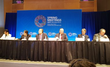 Hamza në panelin e FMN-së prezanton menaxhimin e investimeve publike