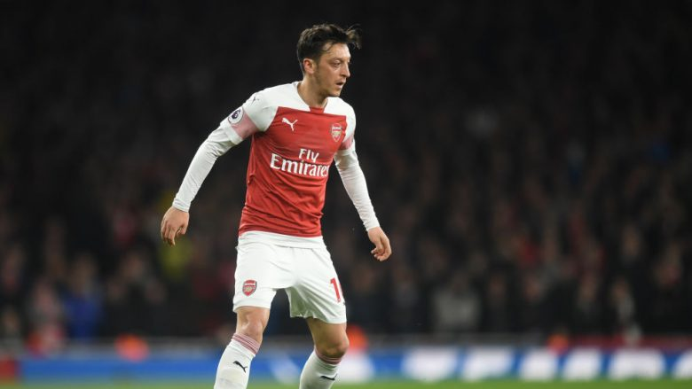 Mesut Ozil (Foto by Michael Regan/Getty Images/Guliver)