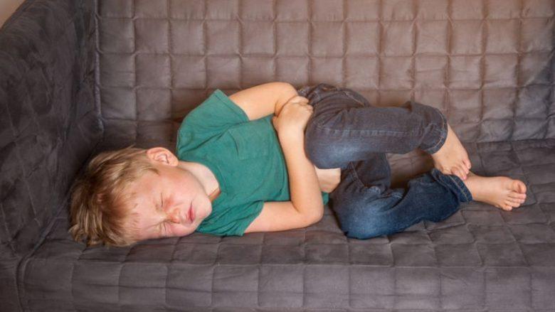 Pediatri paralajmëron: Cilët viruse janë aktualisht te vogëlushët