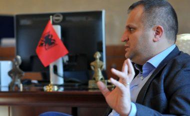 Shpend Ahmeti reagon ndaj propozimit për ndarje të mjeteve nga Qeveria e Kosovës për katedralen Notre Dame