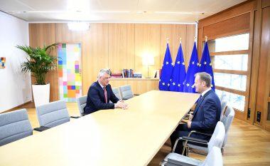 Thaçi në Bruksel: BE-ja duhet ta marrë vendimin e vonuar për heqjen e vizave