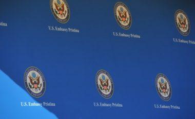 Ambasada amerikane në Kosovë: SHBA-të përgëzojnë Kosovën për kthimin e 110 shtetasve të saj nga Siria