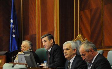 Veseli kërkon krijimin e një Tribunali Ndërkombëtar për krimet serbe
