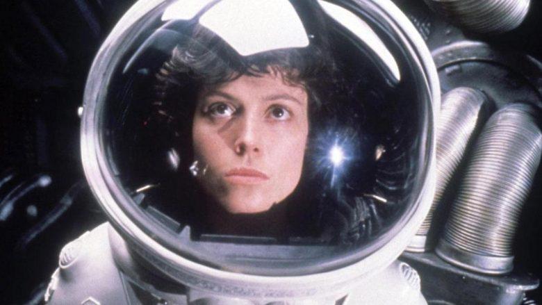 Aktorja Sigourney Weaver, si personazhi Ripley