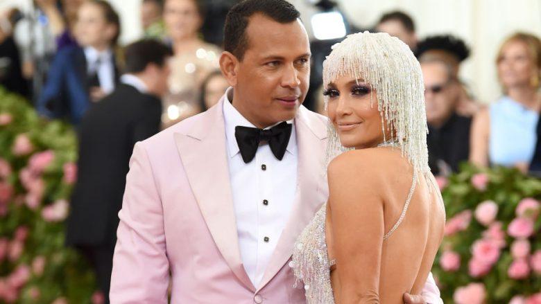 Alex Rodriquez dhe Jennifer Lopez (Foto: Dimitrios Kambouris/Getty Images for The Met Museum/Vogue/Guliver)