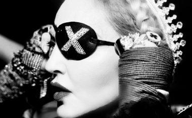 Me gjithë dyshimet, Madonna u shfaq në skenën e Eurovisionit