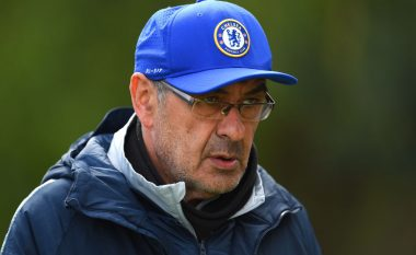 Juventusi përgatit ofertën për Sarrin, Chelsea do kompensim