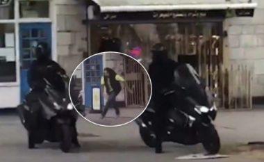 Hajnat tentojnë të vjedhin një dyqan bizhuterish në Londër, por befasohen nga një kalimtar – tre përfundojnë në polici (Video)