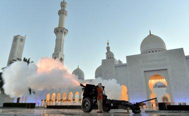 A e dini pse përdorën të shtënat me top gjatë Muajit të Ramazanit? (Foto/Video)