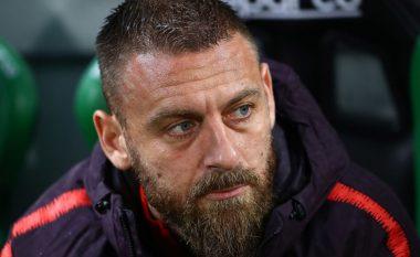 Tifozët e Juventusit nderojnë legjendën e Romës, Daniele De Rossi