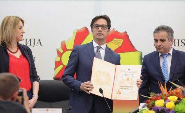 KSHZ ia dorëzoi vendimin për president Pendarovskit