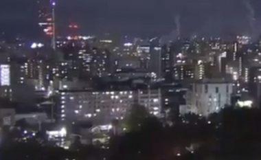 Pamje të tërmetit të fuqishëm që goditi Japoninë, 10 mijë banorë mbesin pa energji elektrike - vala e parë e cunamit godet bregun (Video)