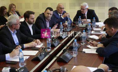 Nitaj: Komisioni nuk ka arritur ta argumentojë nëse Thaçi kishte dhënë urdhër për deportimin e gjashtë shtetasve turq