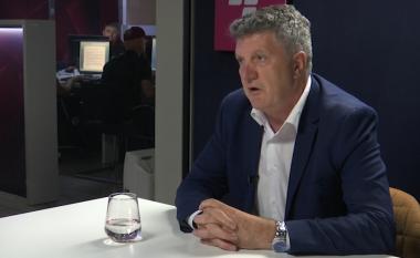 Milaim Zeka thotë se ose do të hiqet taksa para Samitit të Parisit ose do të bjerë Qeveria (Video)