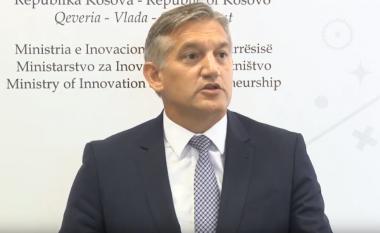 Beqaj dorëhiqet nga posti i ministrit, vazhdon të jetë pjesë e PDK-së (Video)