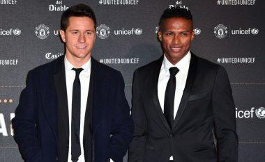 Unitedi liron 15 futbollistë, nga ekipi i parë largohen Herrera dhe Valencia