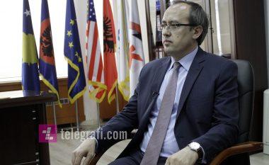 Hoti: Po punojmë me VV dhe PSD, e deputetët tjerë për rrëzimin e Qeverisë Haradinaj (Video)