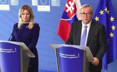 """Presidentja sllovake pyetet rreth """"ndërrimit të rrobave të saj tri herë"""" – përveç saj, një përgjigje kishte edhe Juncker (Video)"""