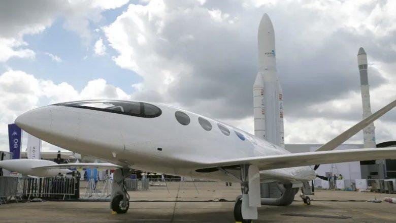 Vjen edhe aeroplani i parë elektrik në botë