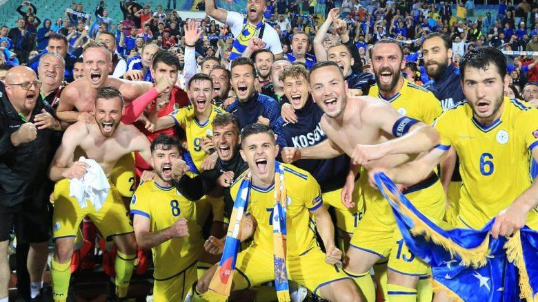 Festa e futbollistëve pas fitores historike (Foto: FFK-Kosova)