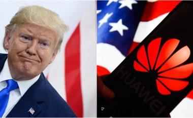 Donald Trump i lejon kompanitë amerikane të bëjnë biznes me Huawein