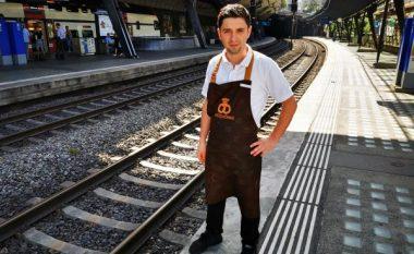 Kishte zbritur në binarët e trenit, zvicerani i dehur shpëton nga vdekja – njeriu që e shpëtoi është një shqiptar (Foto)