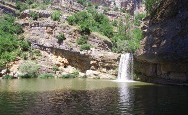 Ujëvarat e Mirushës, mrekulli natyrore e Kosovës ku mund të freskoheni gjatë kësaj vere (Foto/Video)