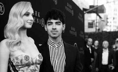 Joe Jonas dhe Sophie Turner publikojnë pamje nga martesa e dytë në Francë