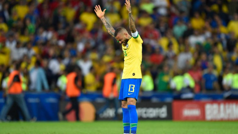 Dani Alves. (Photo by Pedro Vilela/Getty Images)