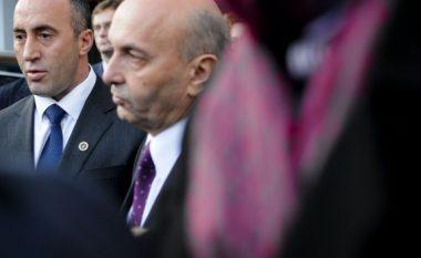 Flet edhe Isa Mustafa, beson në pafajësinë e Haradinajt