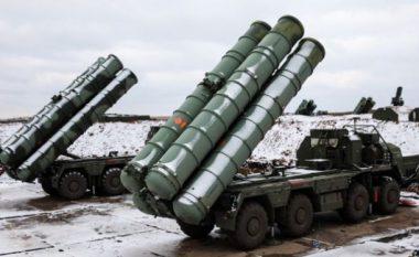 Turqia sfidon SHBA-në, mbërrijnë pajisjet e para të sistemit rus
