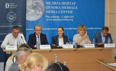 Kundërshtohet ideja e korrigjimit të kufijve, kërkohet përfshirje e serbëve të Kosovës në procesin e dialogut