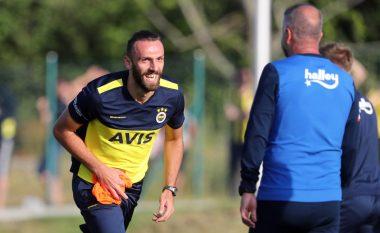 Vedat Muriqi në bankën rezervë te Fenerbahçe