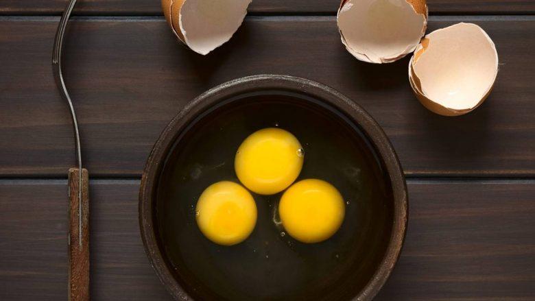 Të verdhët e vezëve nuk ju shtojnë peshë