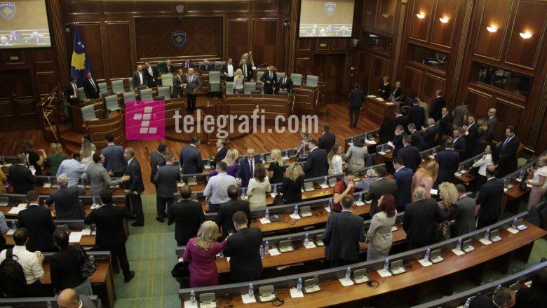 Shpërndahet Kuvendi, vendi shkon në zgjedhje